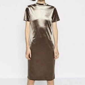 Zara mock neck velvet midi dress size large
